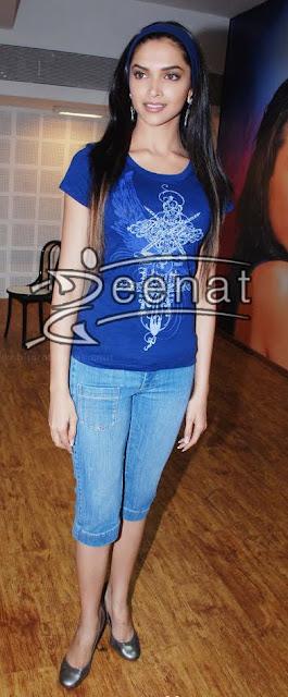 Trends Asia: Deepika Padukone Cropped Jeans