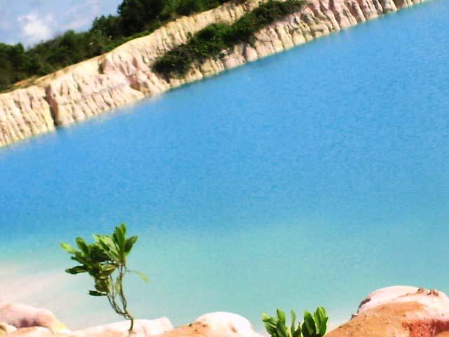 Danau Biru Kawal Danau Biru Blue Lake