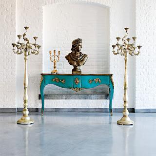 the glam lamb i dream of roche bobois. Black Bedroom Furniture Sets. Home Design Ideas
