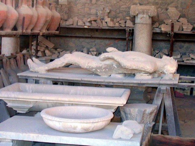 tragedi kota pompeii