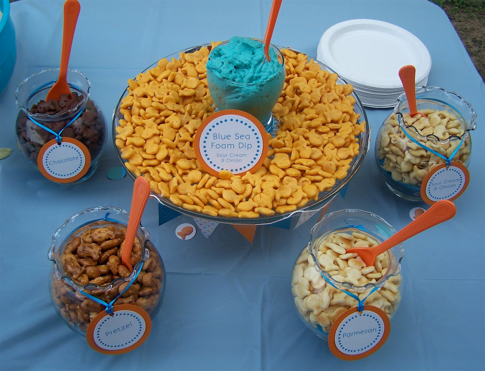 Party accessories goldfish party part iii for Gold fish crackers