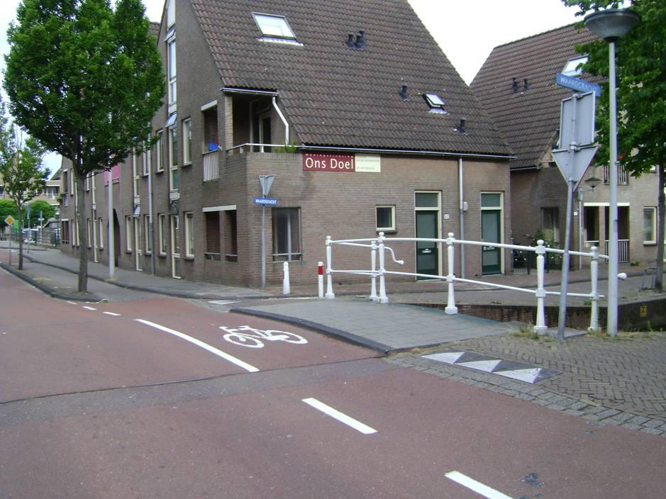 oosterkerkstraat+hoek+waardgracht+%28e%29.jpg