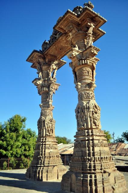 vadnagar narendra modi gujarat kirti toran