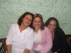 Eu e minhas irmãs!!!