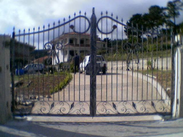 Bottega forgiatura artistica cancello in ferro battuto for Quotazione ferro vecchio in tempo reale