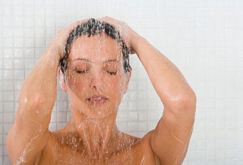 Tips Hot Water Bath not Make Dry Skin