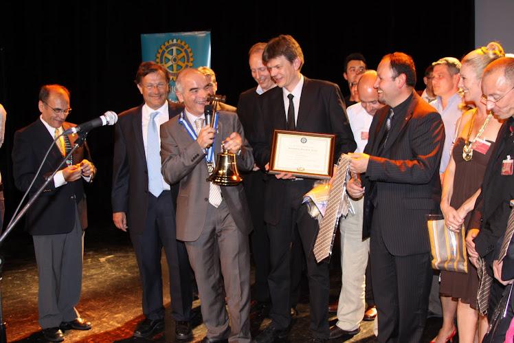 Remise de  Chartre 04 Juin 2010