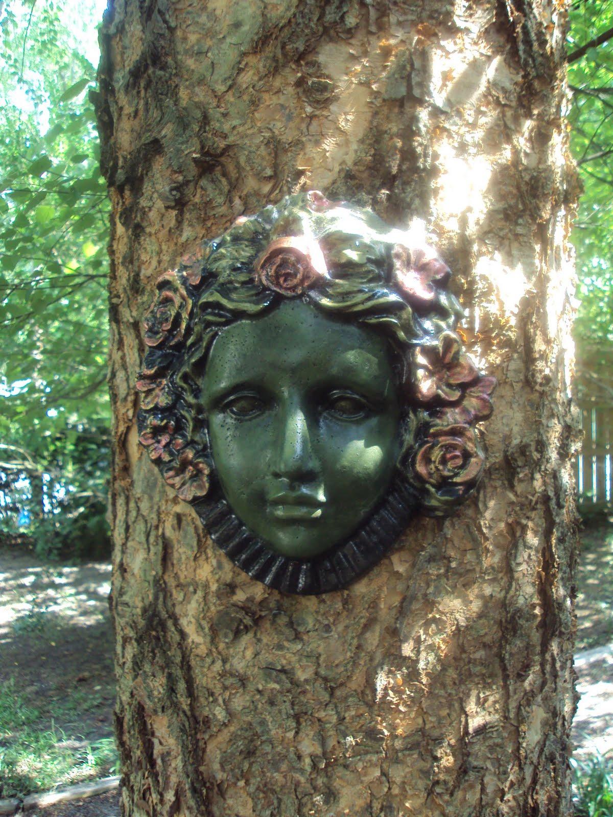 Antique Art Garden My Garden Lady Face On My Tree
