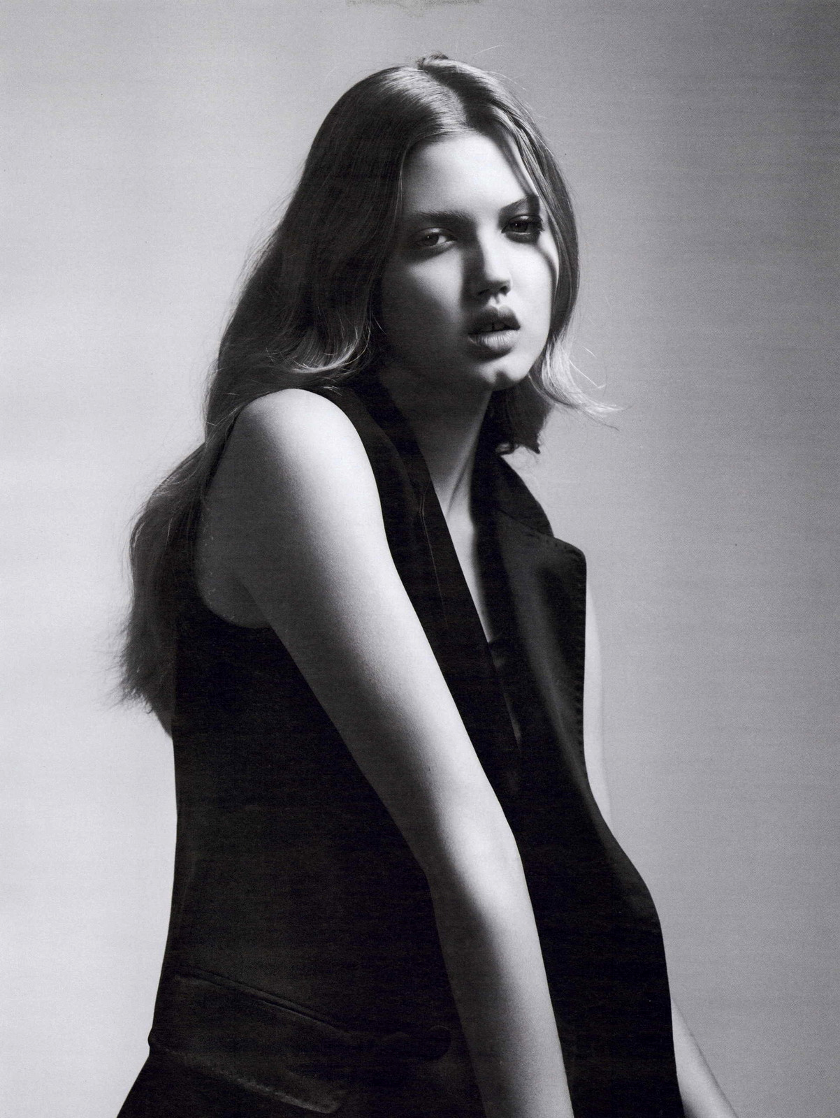 Lindsey Wixson Nude Photos 32