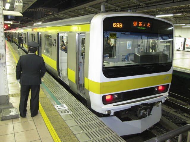 中央・総武緩行線 お茶の水行き E231系(早朝夜間運行)