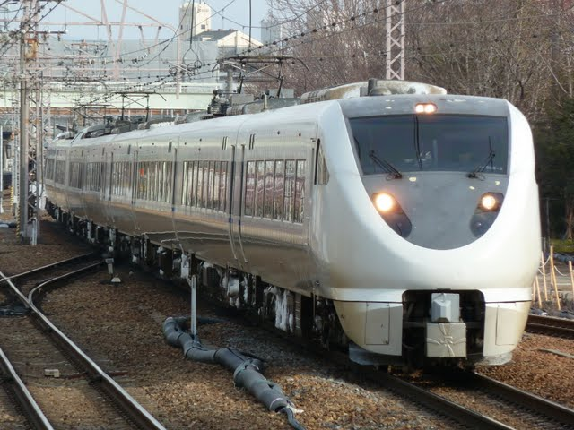 特急 サンダーバード6号 大阪行き 681系