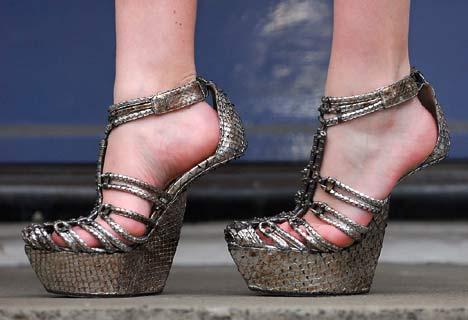 Adorn Me: Heel-less heels?
