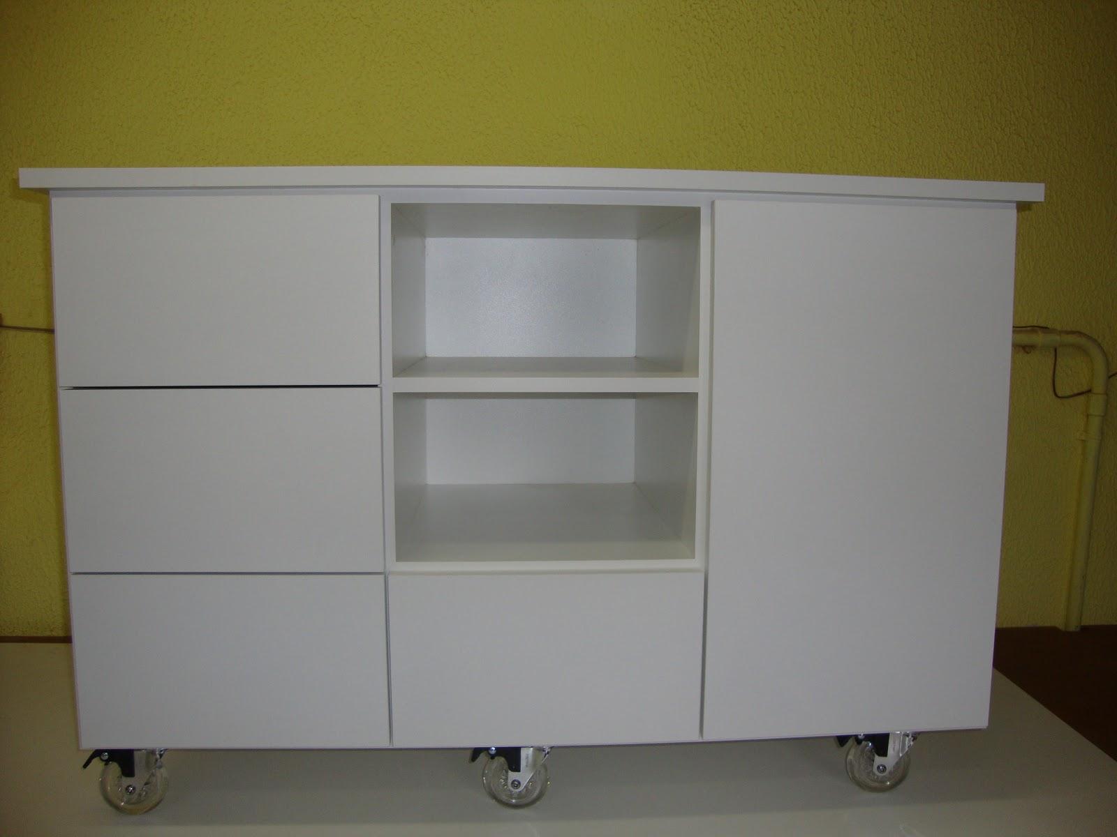 Marcenaria Mirueira: Gabinete de Banheiro com Rodízios #736B2A 1600x1200 Armario Banheiro Rodinha