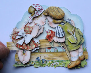 Marij Rahder moveable decoupage