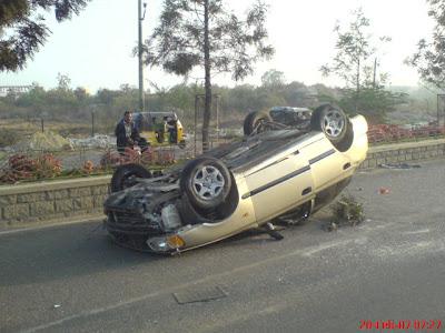 Accent car accident Kodapur Madhapur Hyderbad