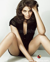 Bipasha basu cool and sexy picture