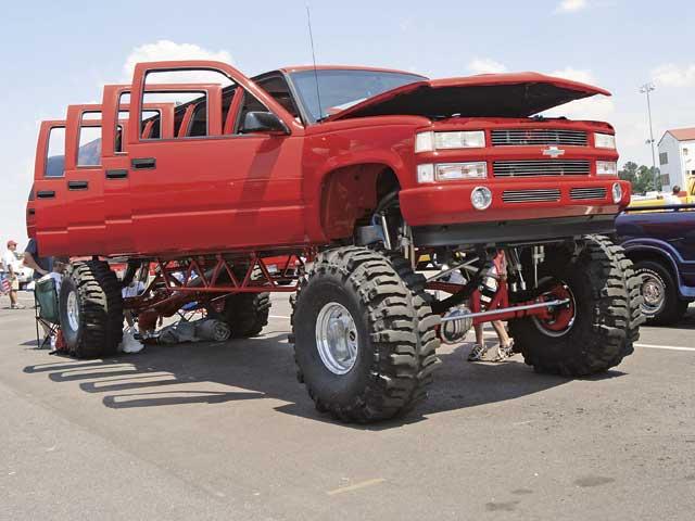 Union de tres Chevrolet Suburban