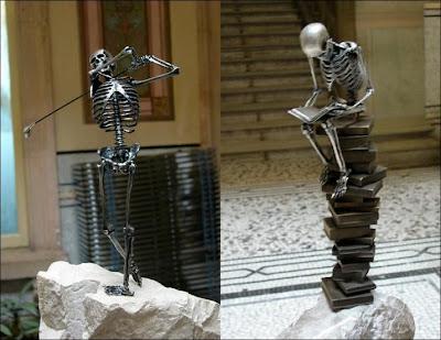 Escultura con esqueleto de acero