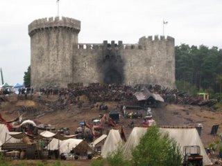 [Robin+Hood+castle.JPG]