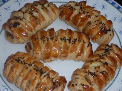 Milföylü mercimekli örgü börek