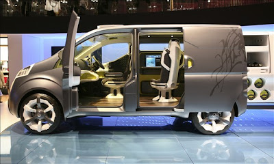 Complete look of Nissan NV200