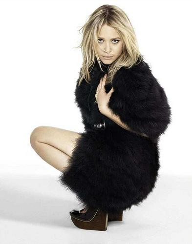 Looking Back: Looking Back Mary-Kate Olsen