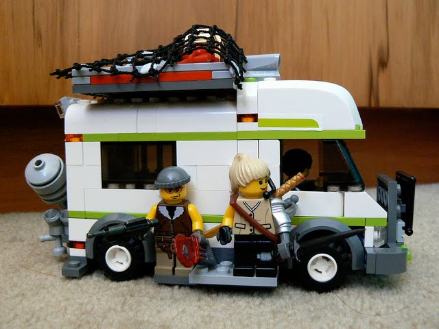 how to build the lego city camper van