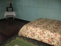 Bedroom B (02)
