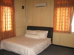 Bedroom A (02)