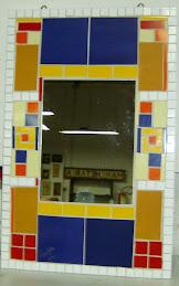 Espelho com azulejo, por Regina Justus