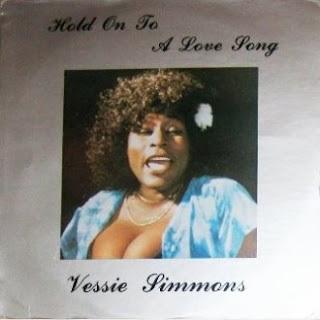 Vessie Simmons - Hold On To A Love Song (1971)
