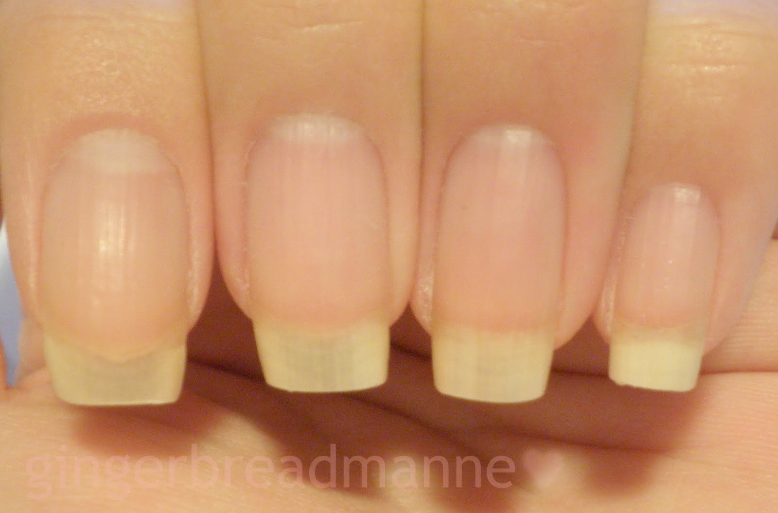 gingerbreadmanne ♥: Nail shaping tutorial (square tips)