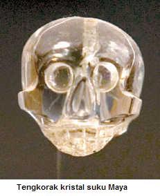 Tengkorak kristal suku maya