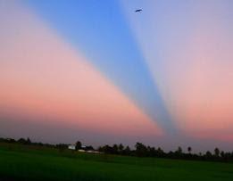Foto Langit Terbelah Thailand 2007