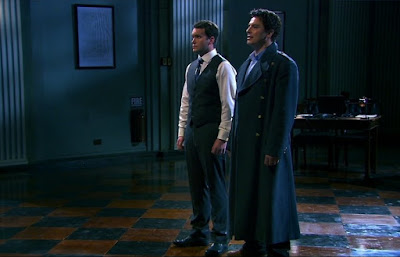 John Barrowman Captain Jack Harkness Ianto Jones Gareth David-Lloyd death dies killed Torchwood Children of Earth Day Four screencaps images photos pictures screengrabs captures