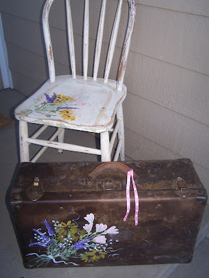 wildflower chair and suitcase http://bec4-beyondthepicketfence.blogspot.com/2009/04/dreaming-of-wildflowers-and-1-2-3-4-5.html