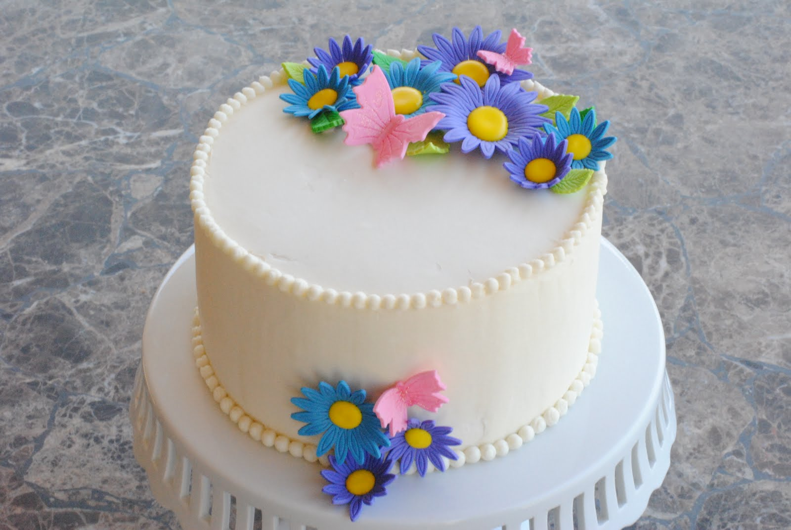 Simple Cake Designs For Girl Birthday : A Simple Birthday Cake My FaVoriTe CaKe PlaCe