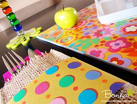 Aprenda a montar um lugar à mesa confeccionando um jogo americano, porta-talheres e vaso pra flores