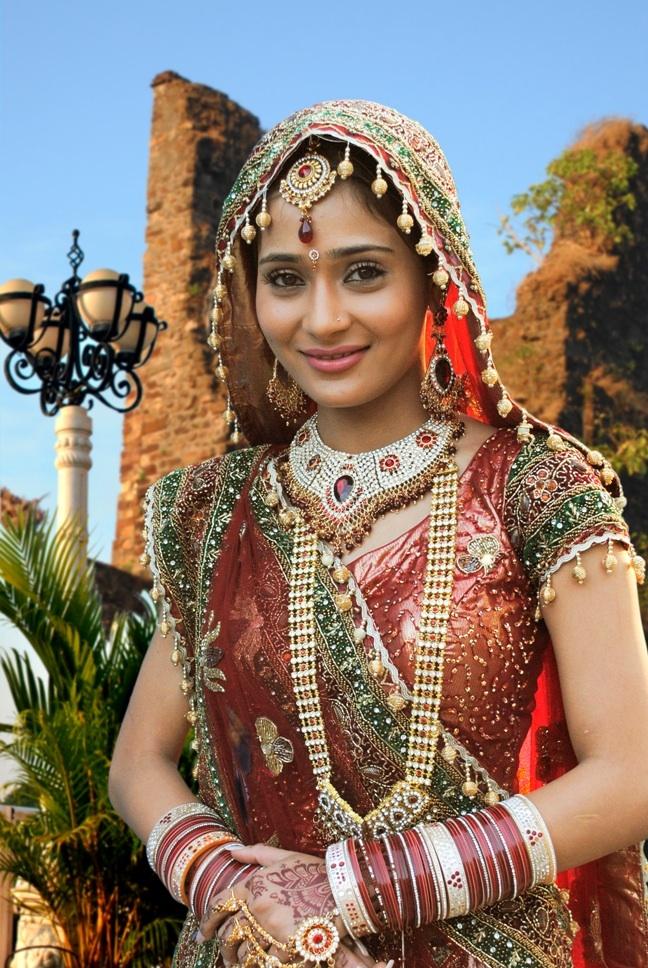 Sara Khan 39s Punjabi bride look for Ram Milaayi Jodi