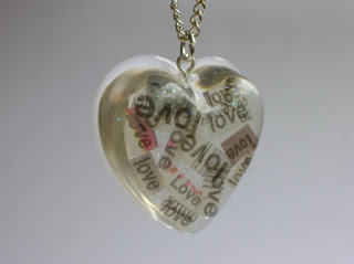 recycled newspaper jewellery