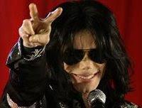 Autópsia no corpo de Michael Jackson acontecerá hoje