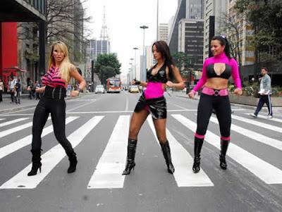 Sexy Dolls gravam video clipe em São Paulo