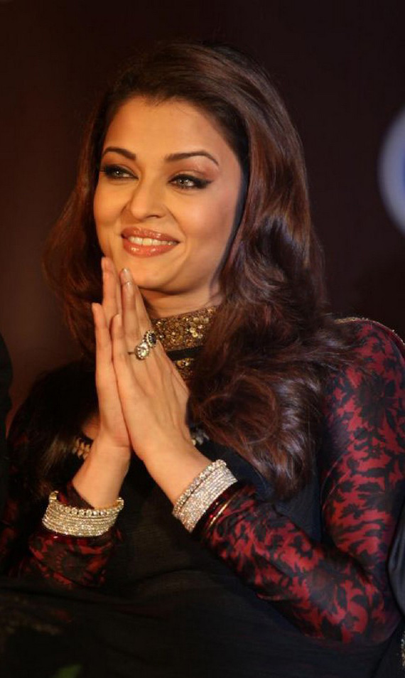 Aishwarya Rai Latest Hairstyles, Long Hairstyle 2011, Hairstyle 2011, New Long Hairstyle 2011, Celebrity Long Hairstyles 2293