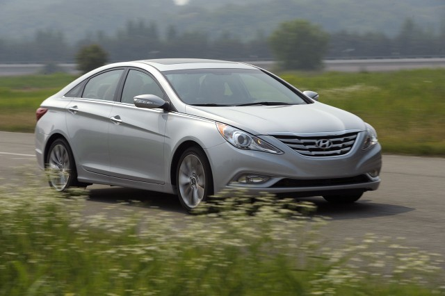 2011 hyundai sonata 2 0t turbo price specs features. Black Bedroom Furniture Sets. Home Design Ideas