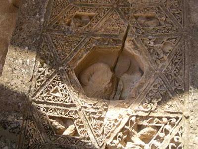 מקדש בקכוס בעלבק הסטוריה