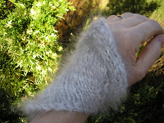 asymmetrical wrist warmer