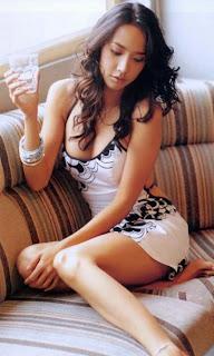 Aum Patcharapa actress celebrity bugil toket abg smu gadis foto cewek mahasiswi telanjang