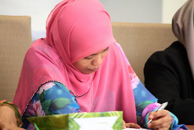 Pengerusi Kelab ICT , Hjh. Rohaizan binti Husin