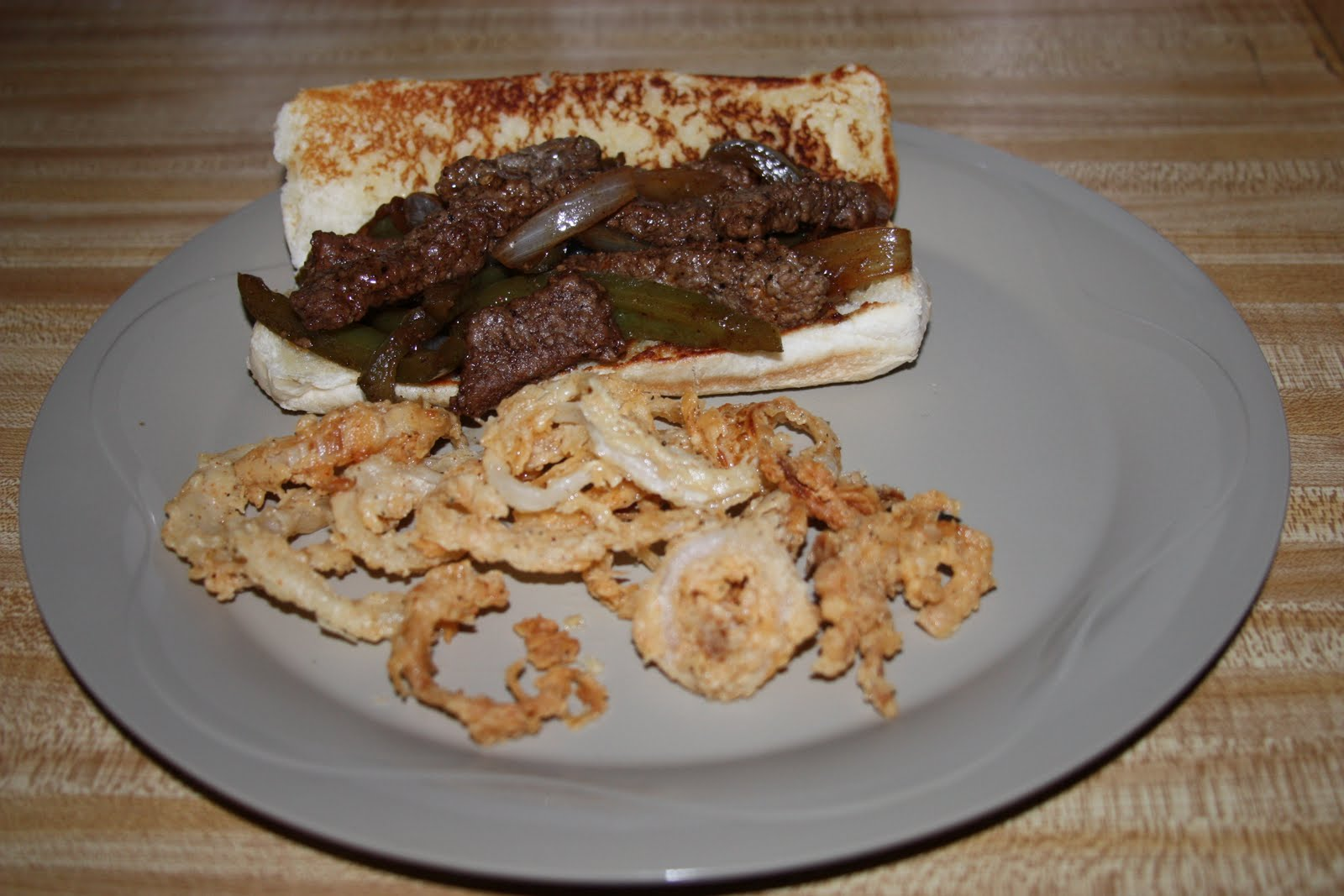 ... : Pioneer Woman - Marlboro Man's Favorite Sandwich & Onion Strings