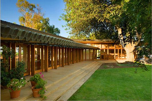 Frank Lloyd Wright Ranch Style Homes 530 x 352